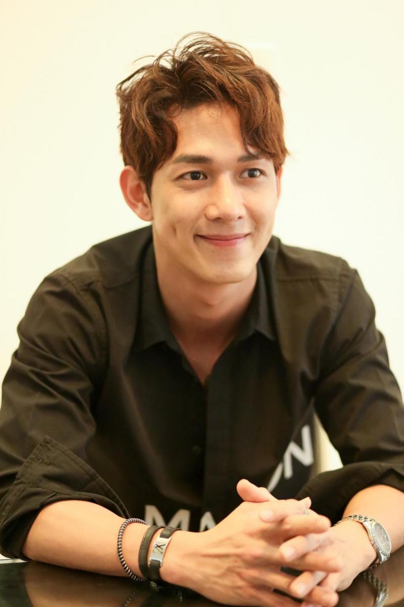 Ca sĩ Song Luân