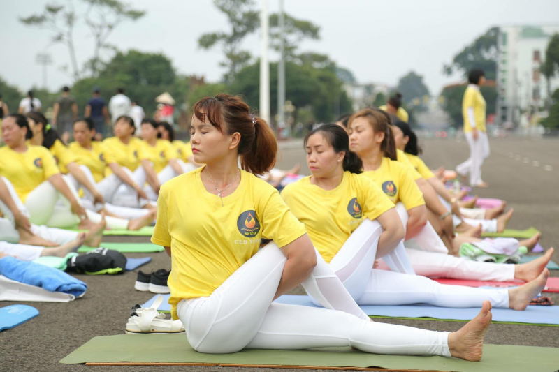 Yoga Hoa Vô Ưu Gia Lai