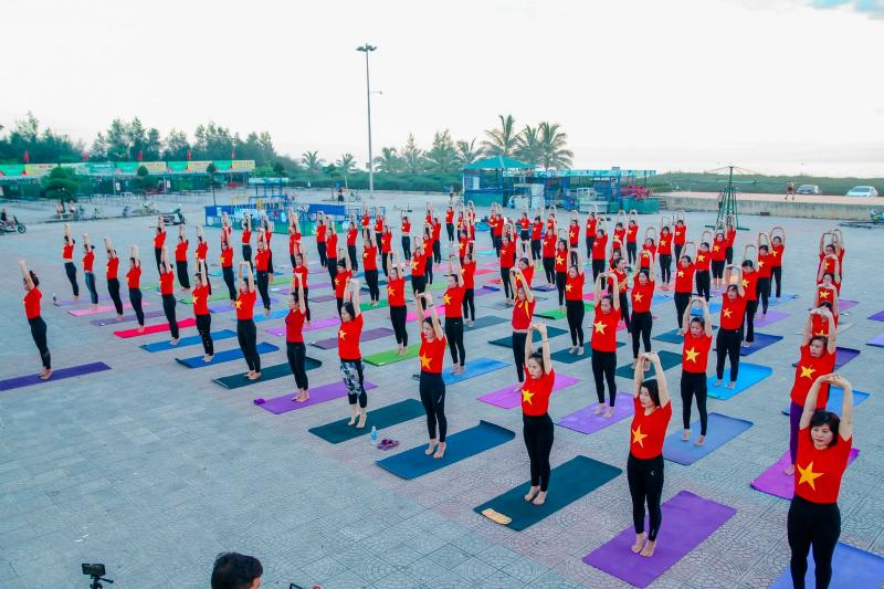 Yoga Suc song moi Quang Binh