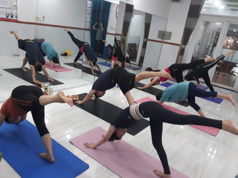 Yoga Thanh Yến