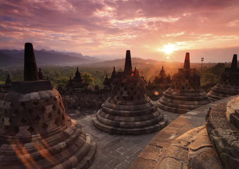 Thành phố cổ tại Yogyakarta được xem là trung tâm văn hóa của Indonesia nhiều kiến trúc nghệ thuật đặc sắc