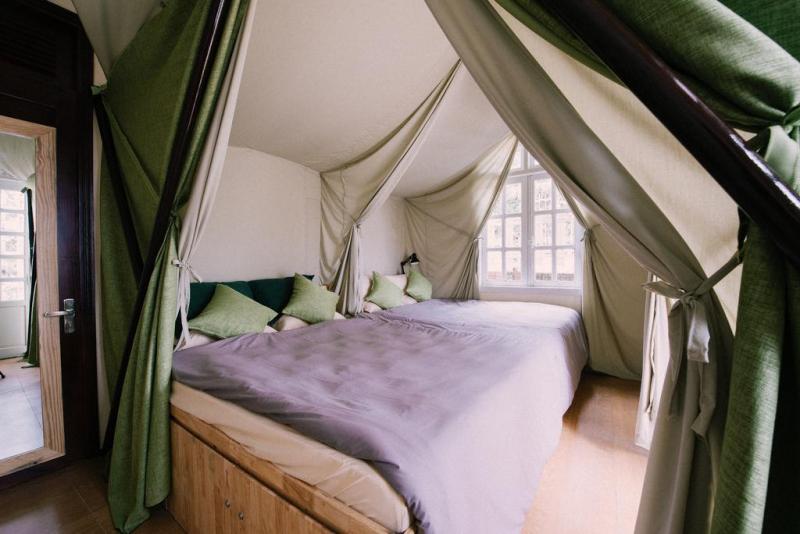 Yolo Camping House có tất cả 10 căn lều với nhiều lựa chọn cho nhóm 2, 3 hay 4 thành viên