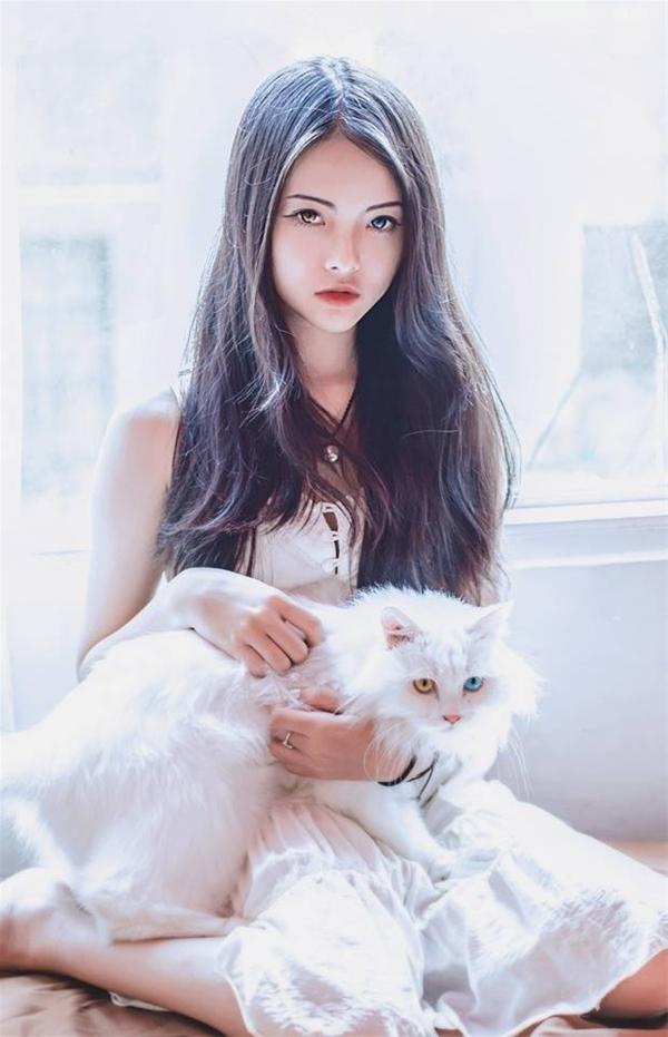 Hot girl Yu Dương đẹp như một thiên thần ( nguồn internet)
