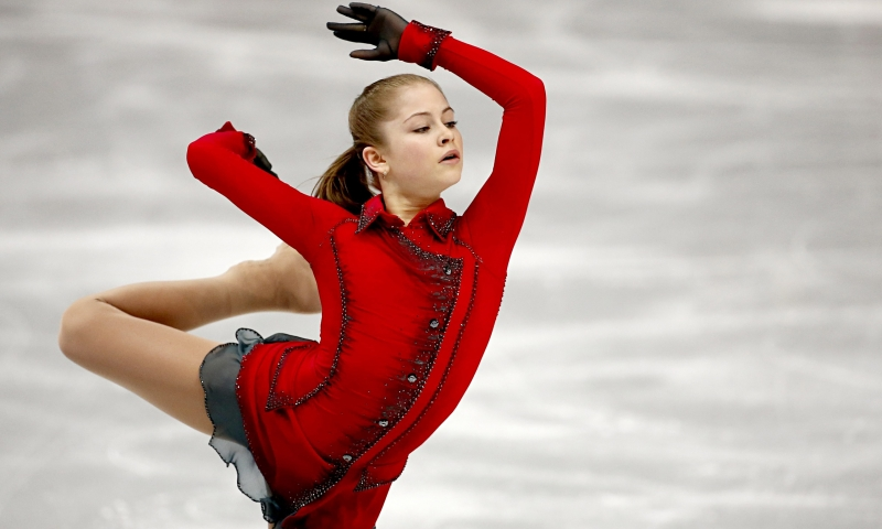 Yulia Lipnitskaya năm nay mới 18 tuổi