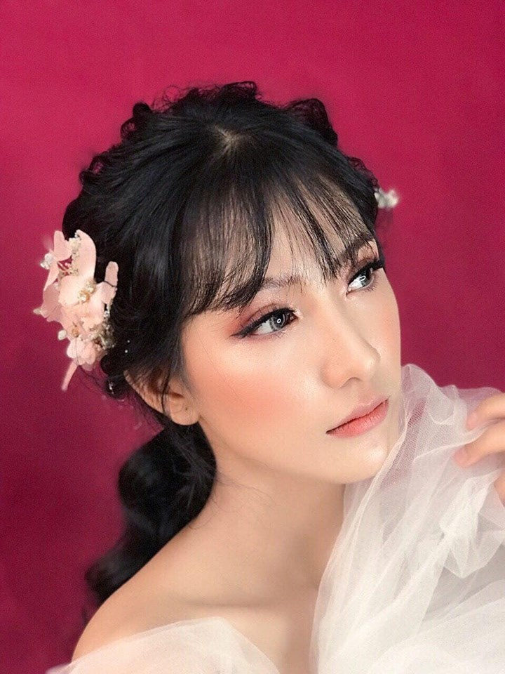 Yully Pham makeup