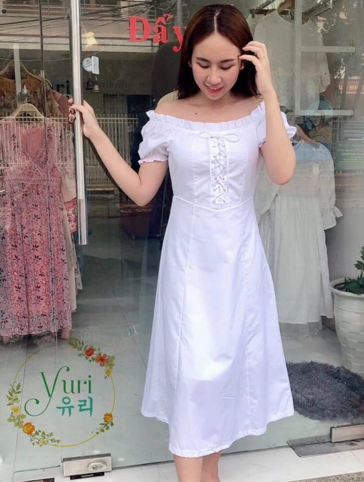 Đến với Yuri Store, bạn sẽ không phải lo về giá đâu nhé, nỗi lo duy nhất là phải chọn cái nào khi tất cả đều ưng ý.