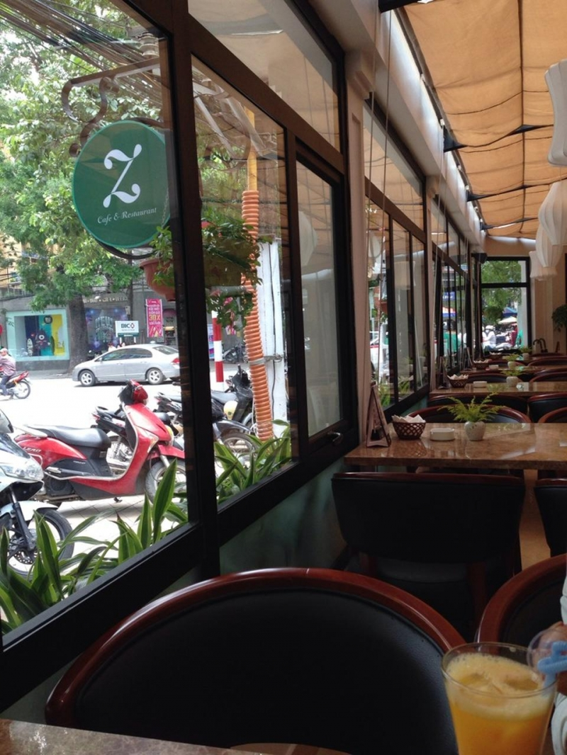 Zephyr Cafe & Restaurant