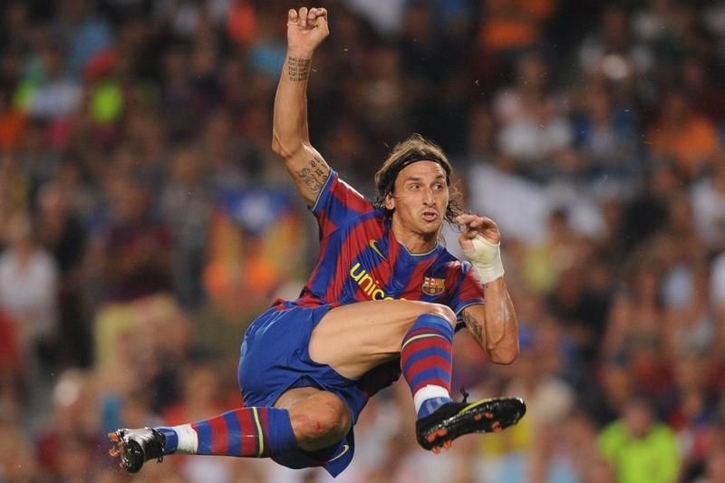 Zlatan Ibrahimovic: Internazionale sang Barcelona, 2009 giá 57 triệu bảng